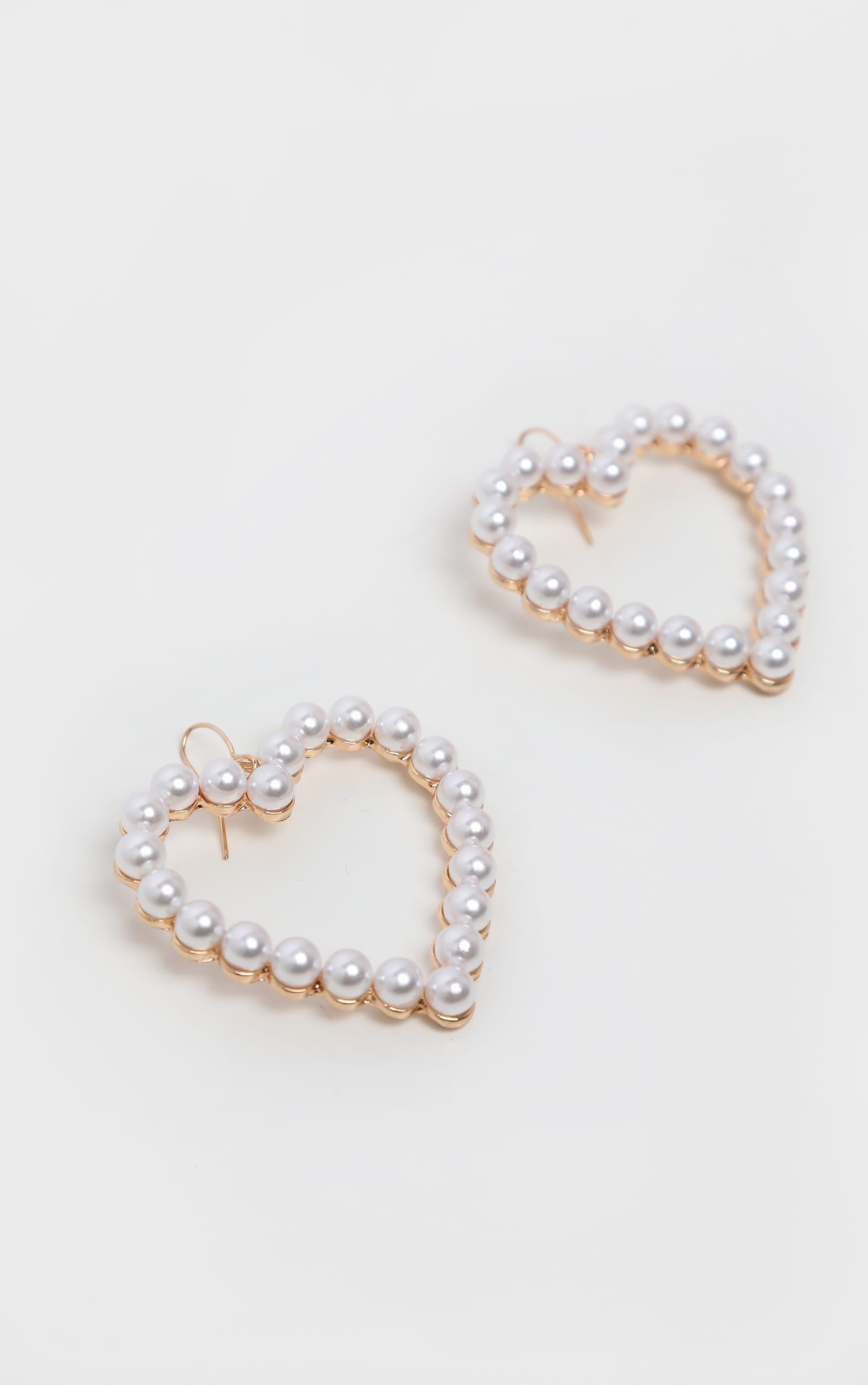 Pearl Heart Drop Earring 3