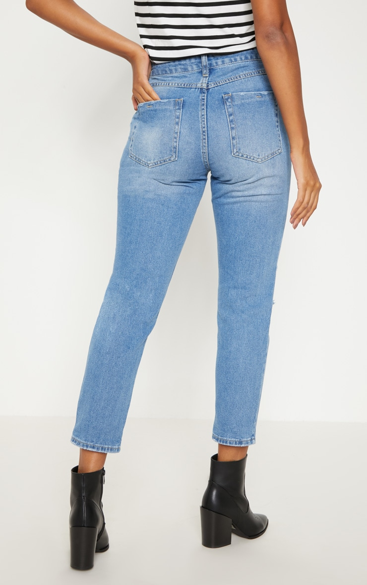 Mid Wash Boyfriend Style Jean  4
