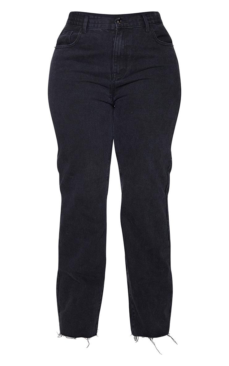 PRETTYLITTLETHING Plus Black Long Leg Straight Jeans 5