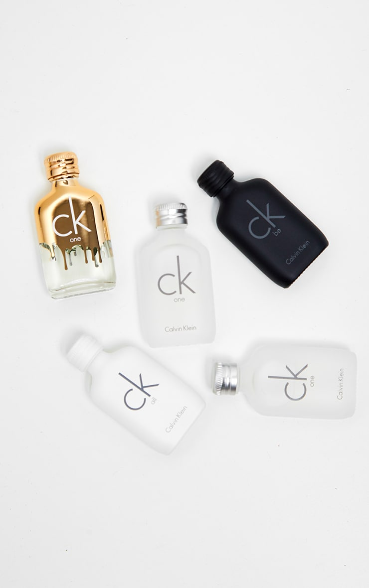Calvin Klein 5 Piece Mini Gift Set | Beauty | PrettyLittleThing