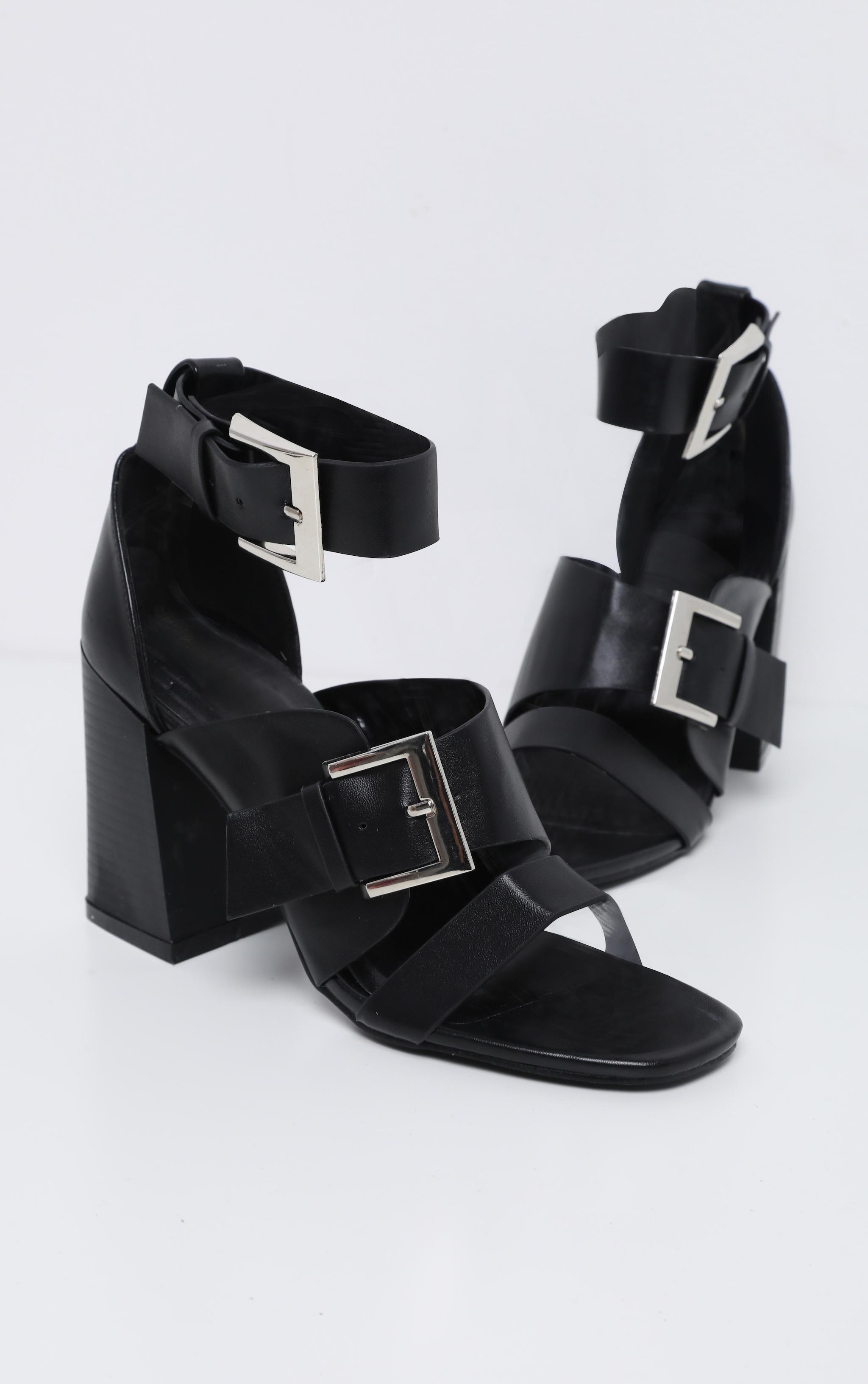 Black Big Buckle Block Heel Square Toe Sandal 4