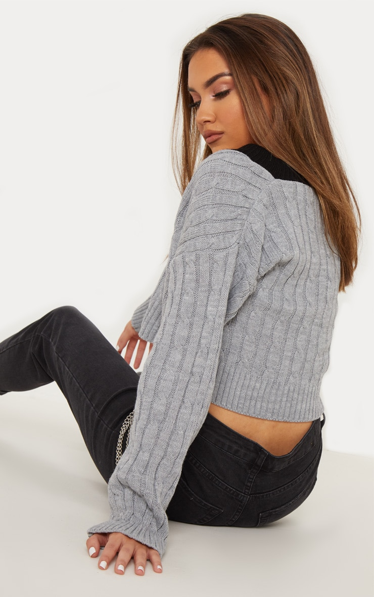 Grey Cable V Neck Knitted Jumper   2