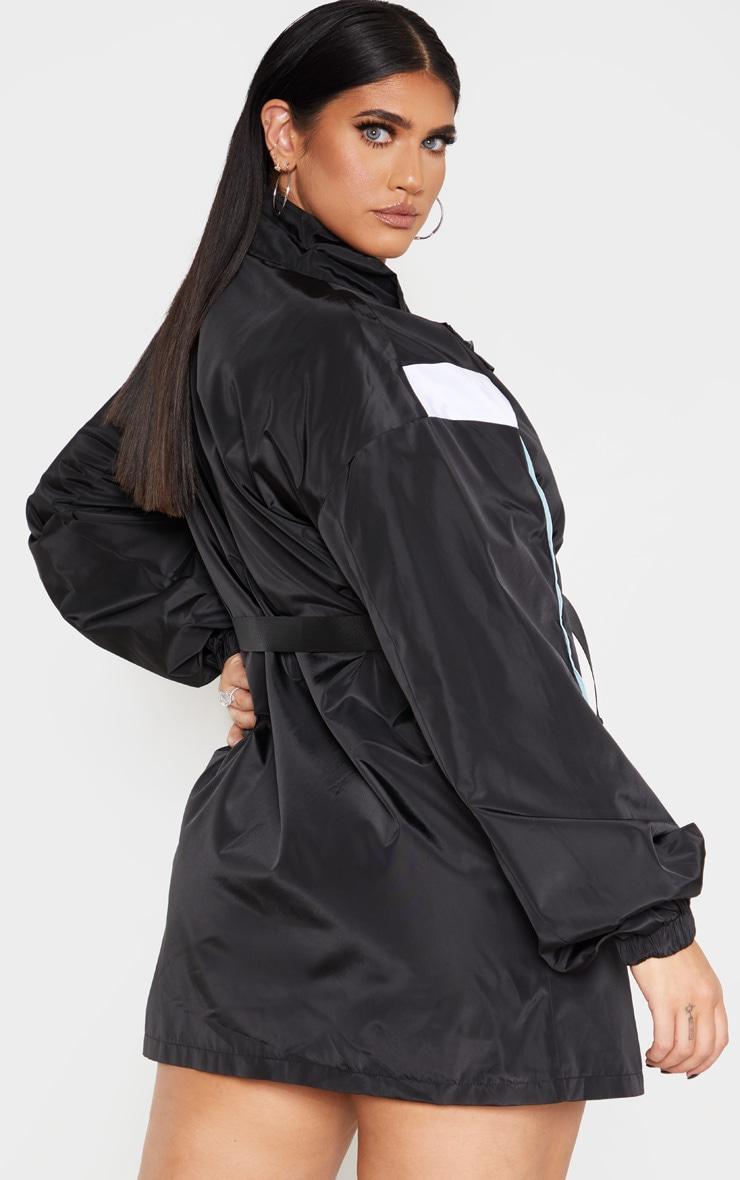 PLT Plus - Robe souple ceinturée noire à parties contrastées  2