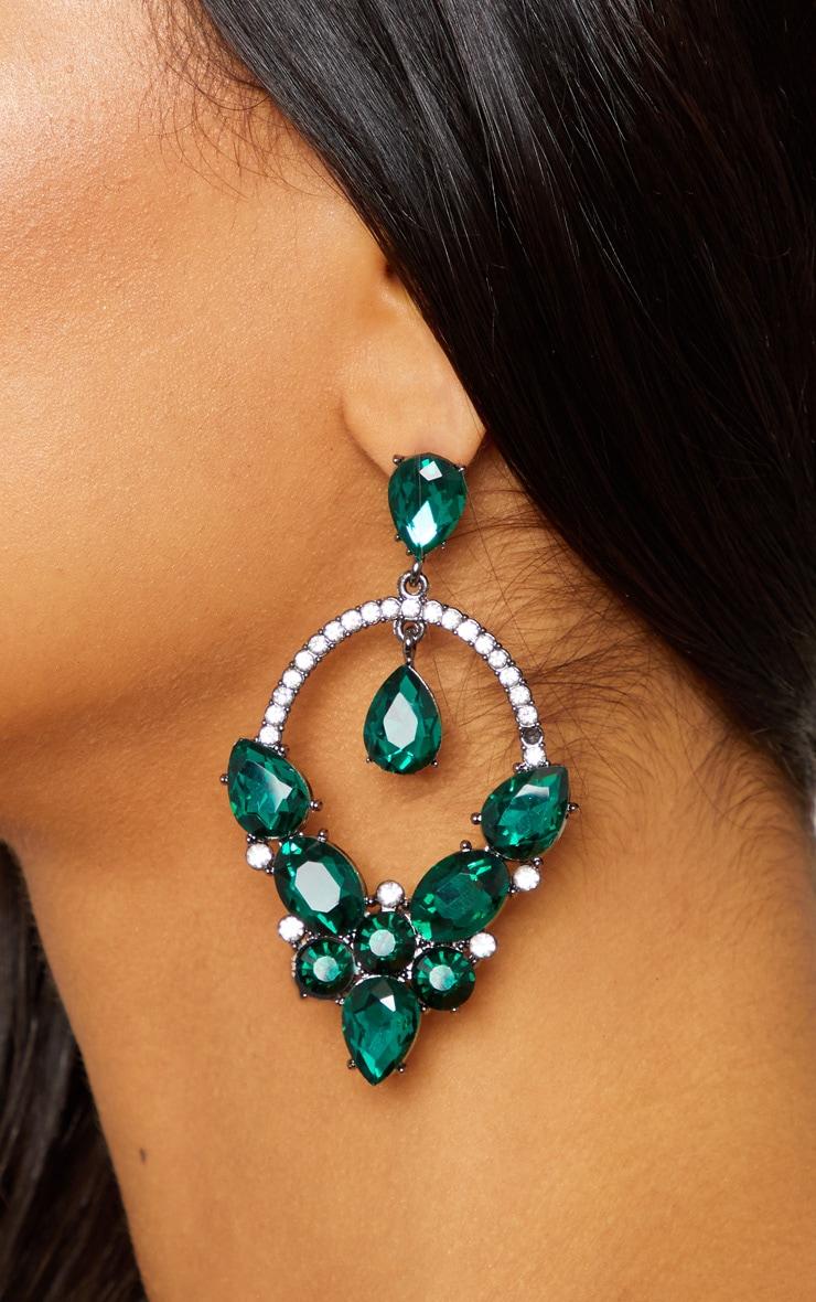 Boucles d'oreilles pendants verts à bijoux
