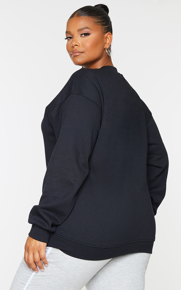 PRETTYLITTLETHING Plus Black Oversized Sweatshirt 2