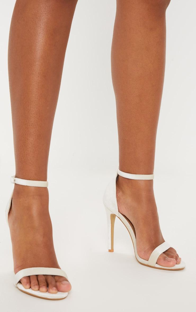 Clover Nude Velvet High Heel 2