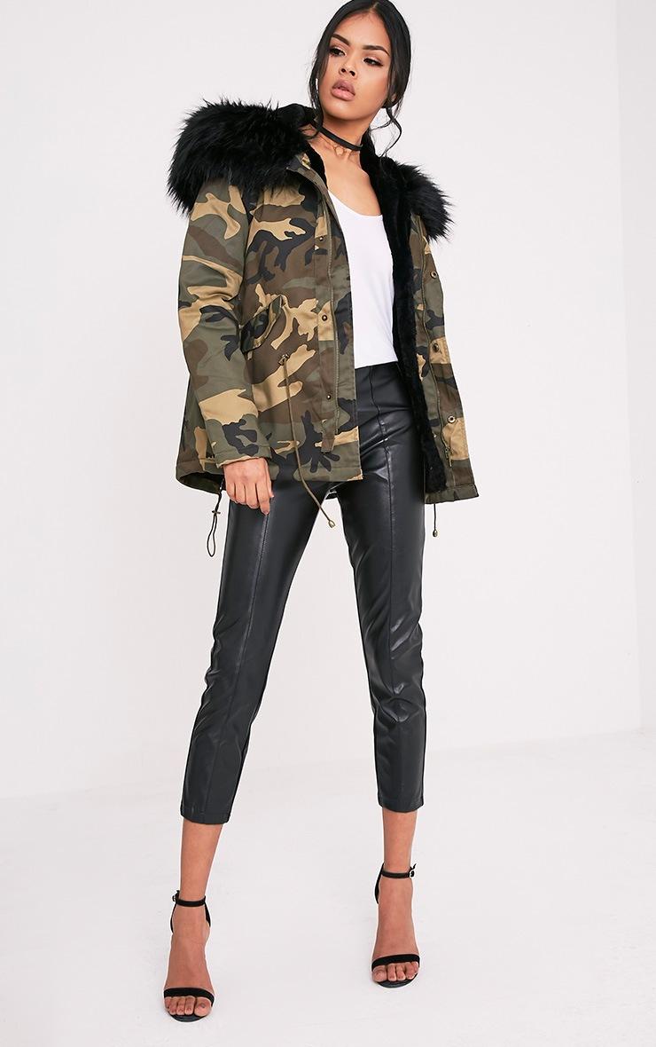 Klaudiya parka camouflage à doublure en fausse fourrure Premium noire 4