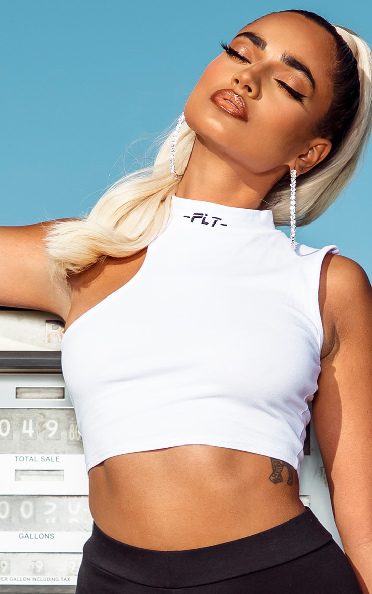 PRETTYLITTLETHING Petite White High Neck Crop Top 4