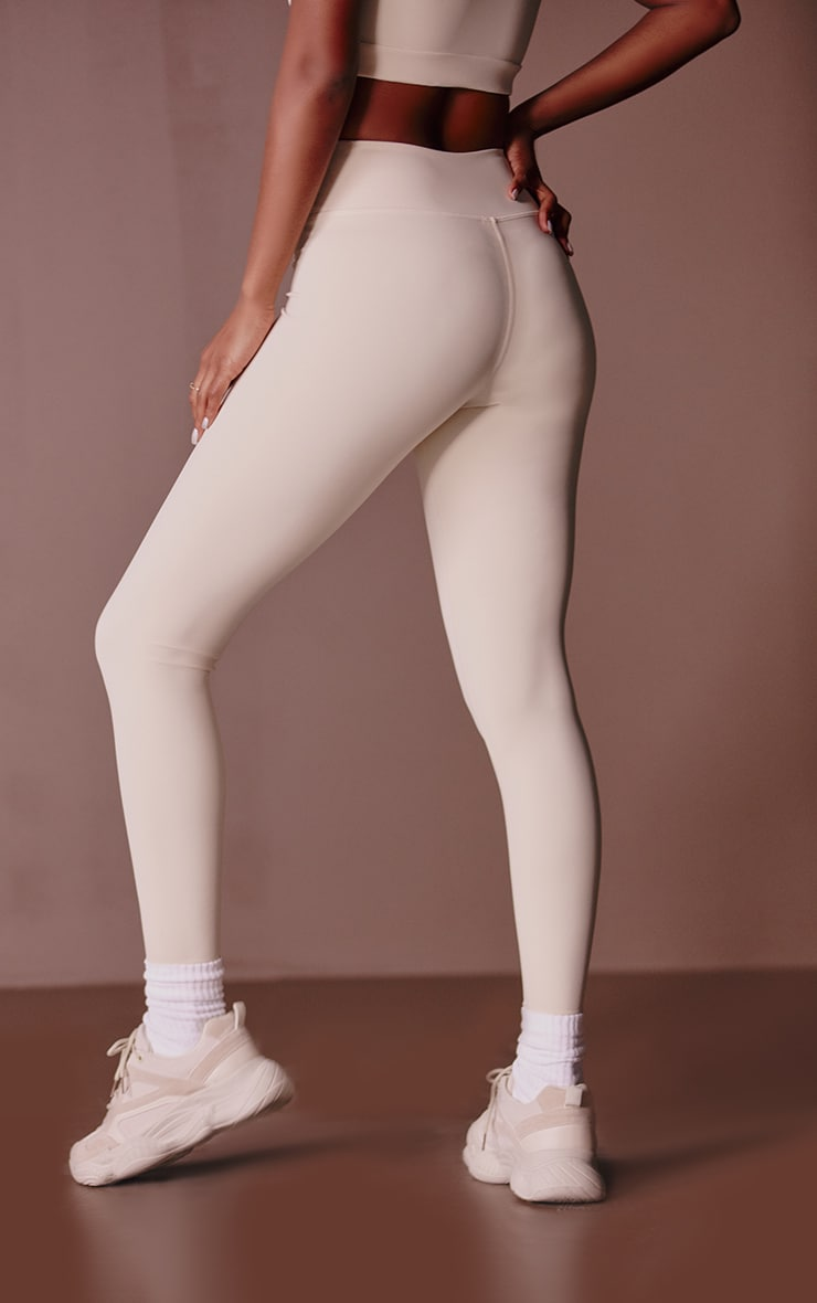 PRETTYLITTLETHING Sand Sculpt Luxe Gym Leggings 3