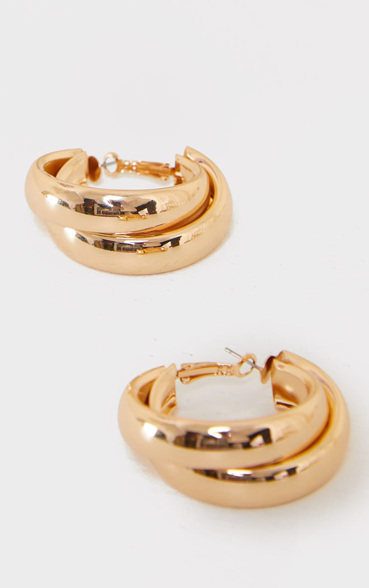 Gold Double Chunky Overlapped Hoop Earrings 2