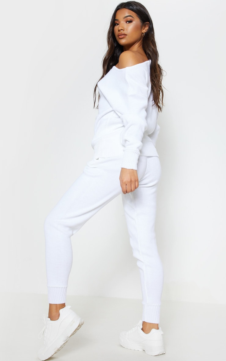 White Jogger Jumper Knitted Lounge Set 3