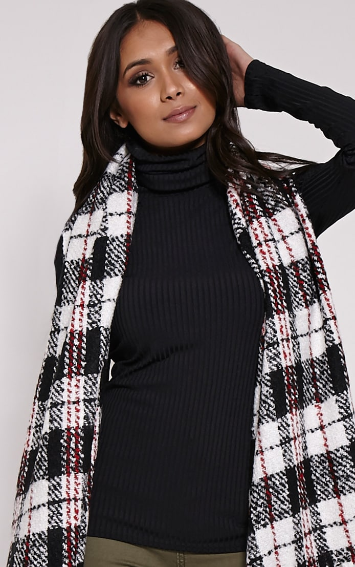 Amayah White Checked Scarf 1