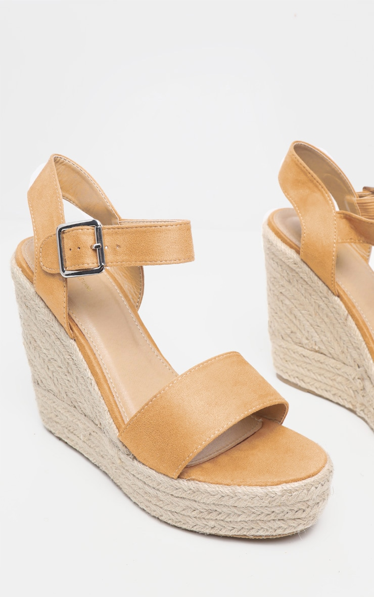 Sand Wedge Sandal 3