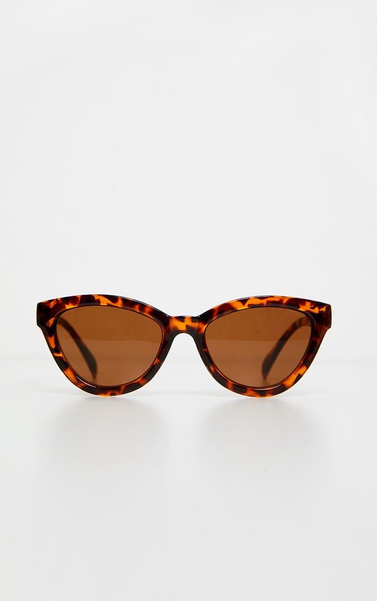 Lunettes de soleil oversized marron écaille de tortue style oeil de chat 2