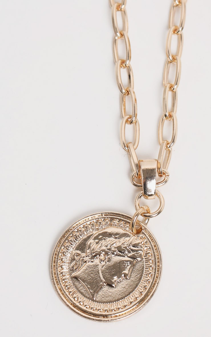 Gold Coin Pendant Necklace 1