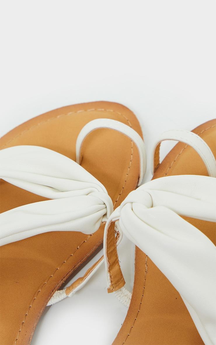 White PU Toe Loop Pull Over Detail Flat Mule Sandals 4