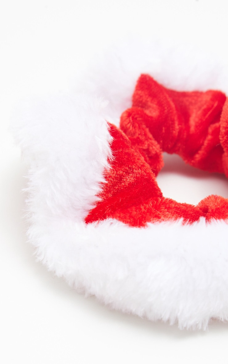 Red Santa Scrunchie 3