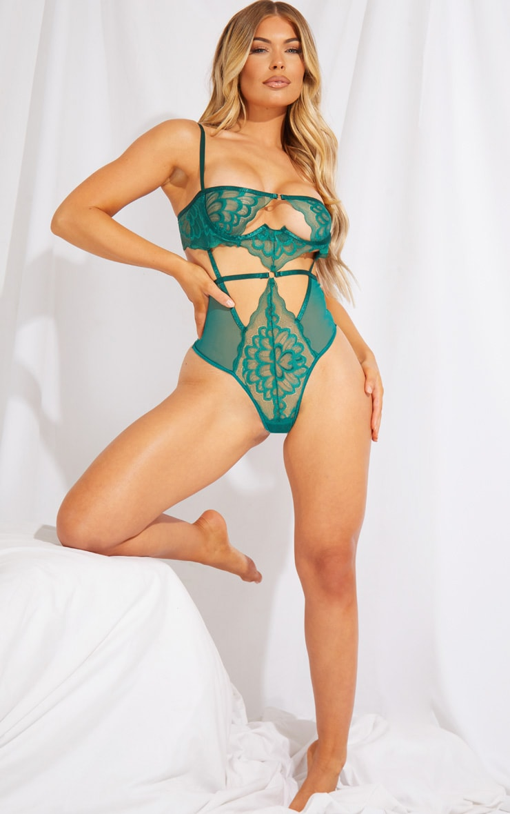 Emerald Green Underwired Cut Out Lace Body 3