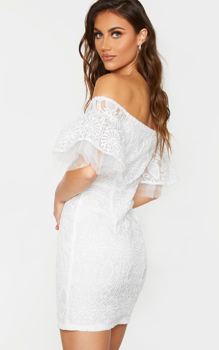 White Embroidered Frill Sleeve Lace Up Bodycon Dress 2