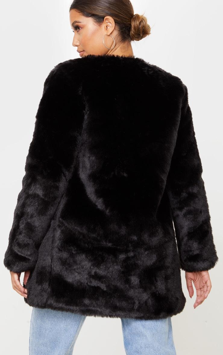 Manteau en fausse fourrure noire 2