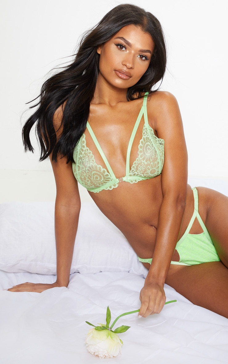 Lime Daisy Lace Harness Front  Hook Bra 1
