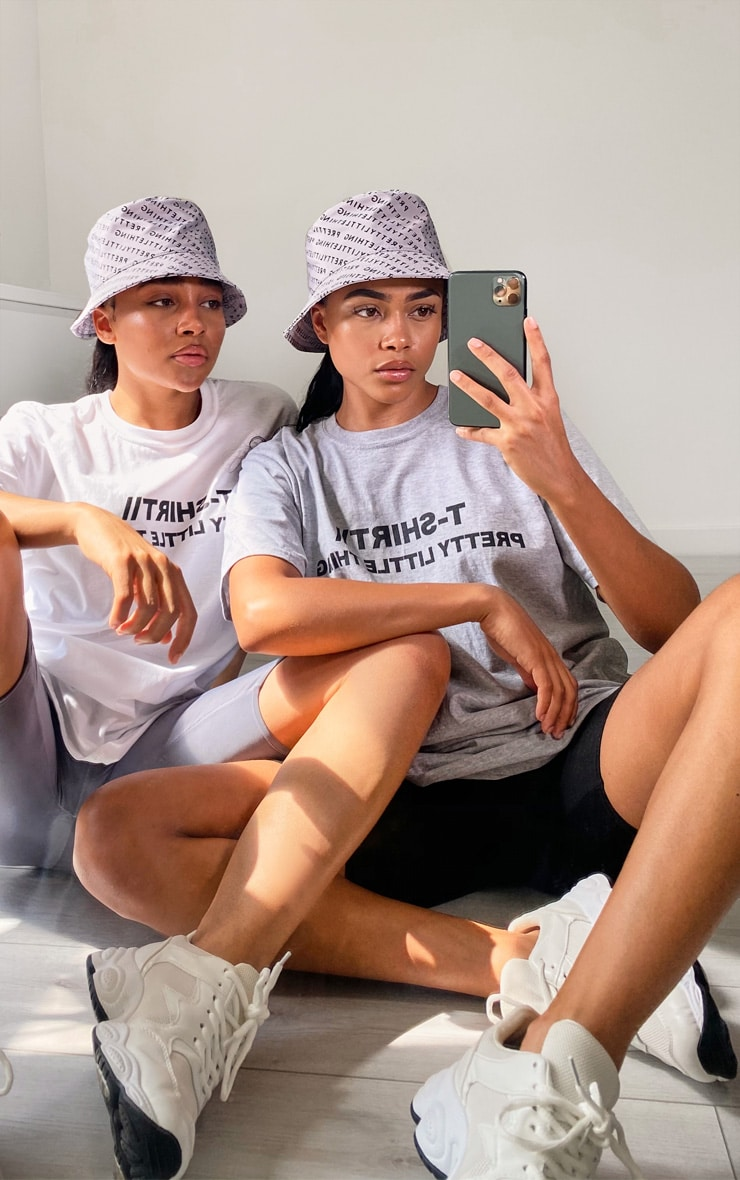 PRETTYLITTLETHING White Official T Shirt 3