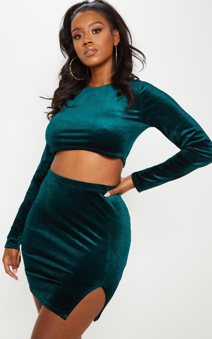 Shape Emerald Green Velvet Long Sleeve Crop Top Prettylittlething Uae