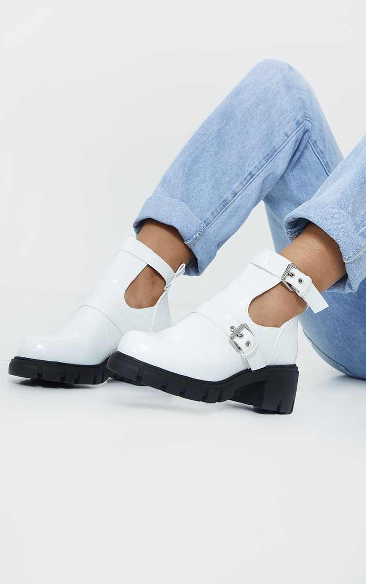 White Cut Out Buckle Chunky Boot
