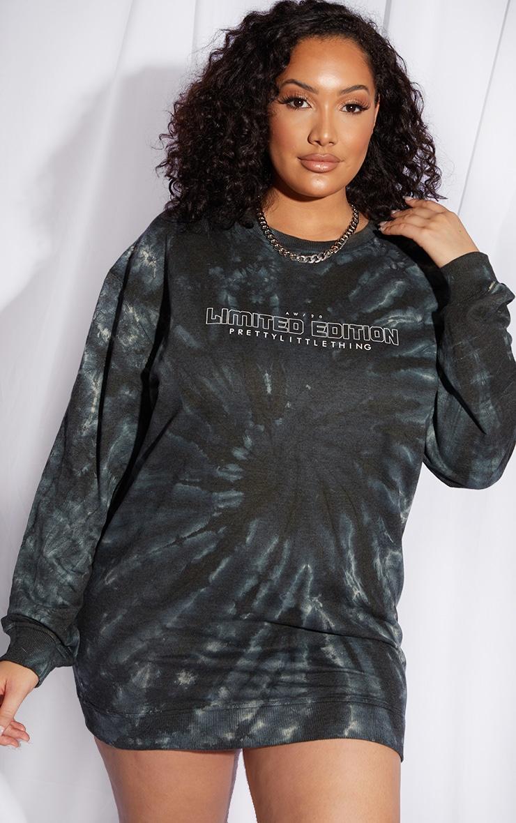 PRETTYLITTLETHING Plus Dark Green Tie Dye Sweat Dress 1