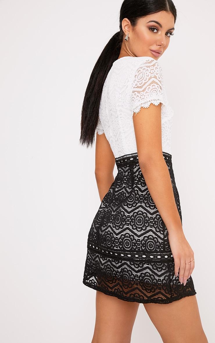 Anita Monochrome Lace Shift Dress 2