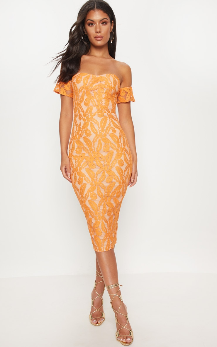 e932e4e3d1b84 Robe mi-longue bardot en dentelle orange. Robes   PrettyLittleThing FR