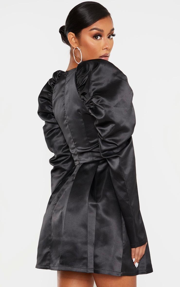 Robe patineuse satinée noire à manches ballon et bonnets 2