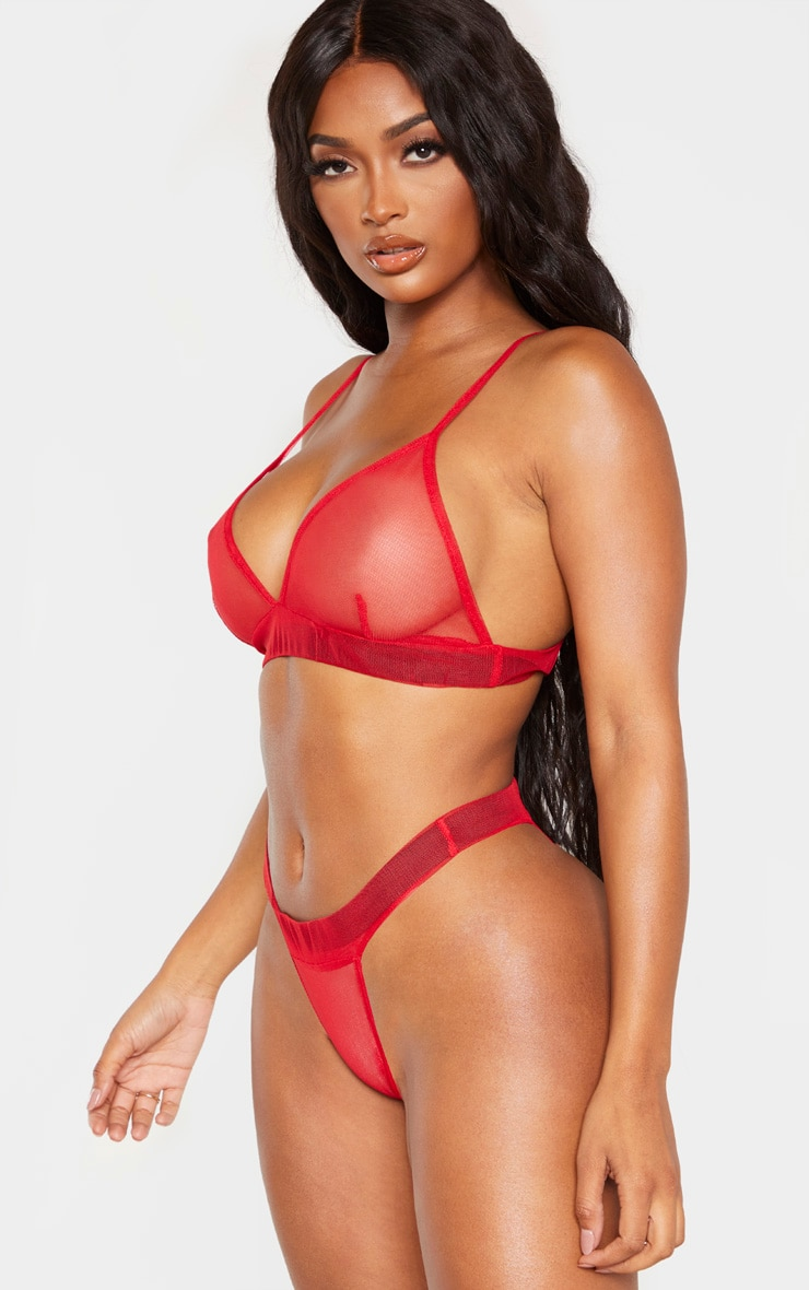 Shape - String rouge en mesh  2