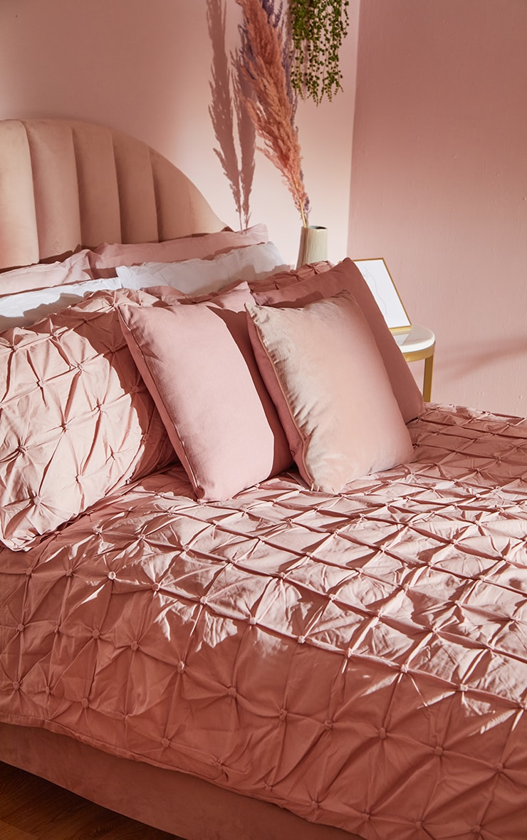 Dusty Pink Ruched Pin Tuck Double Duvet Set 1