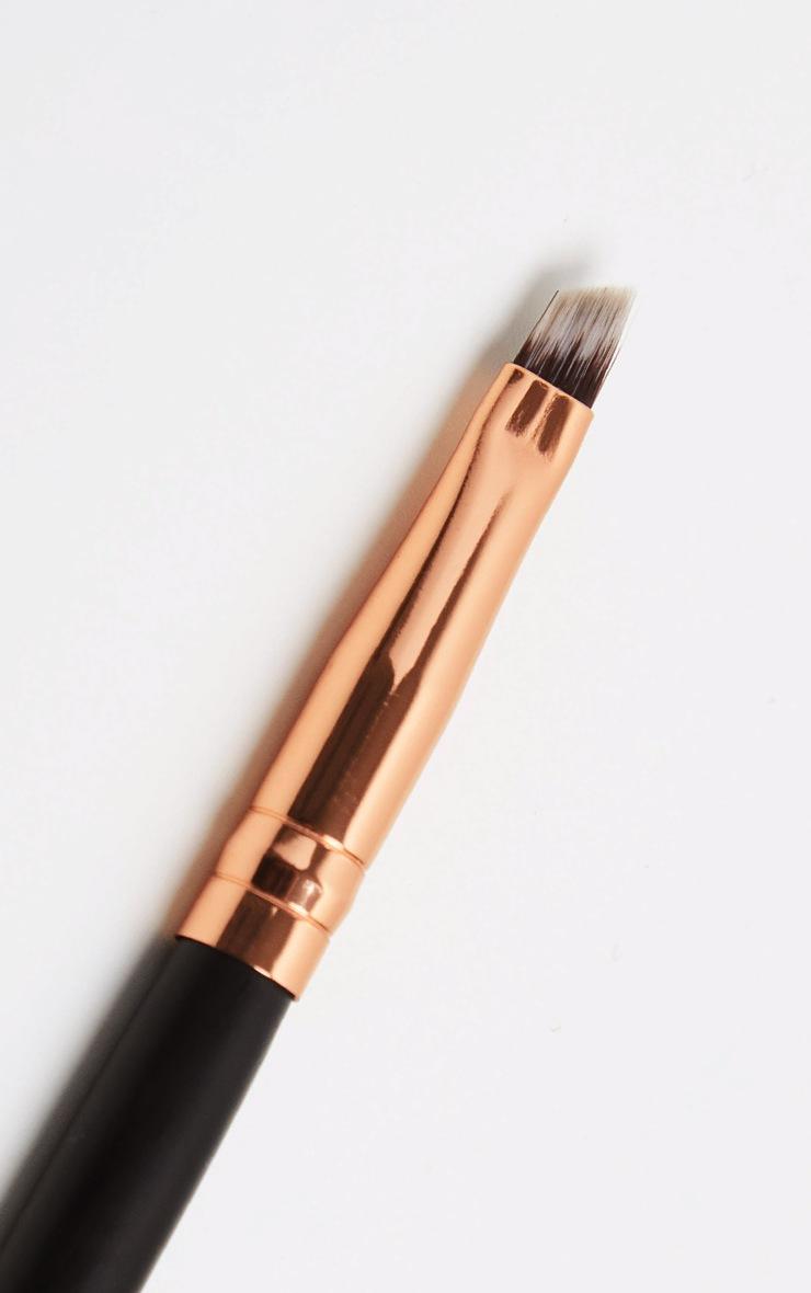 Morphe R45 Angled Liner Brush 2