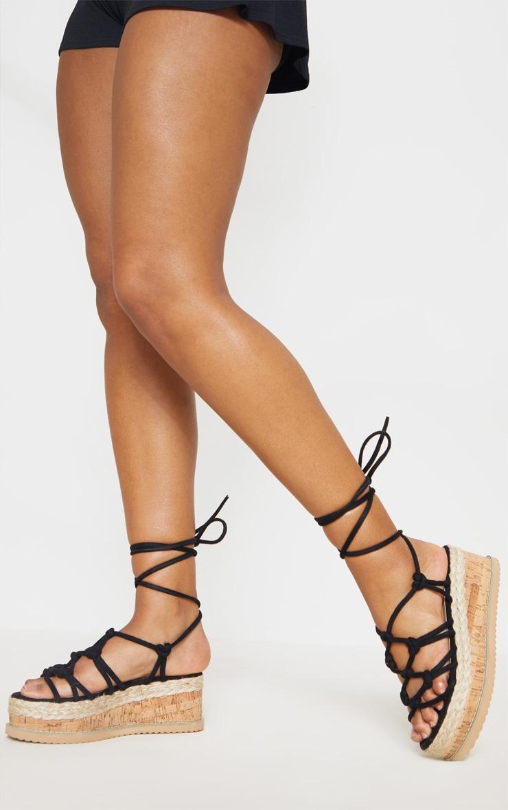 Sandales compensées style espadrilles à brides nouées noires 1