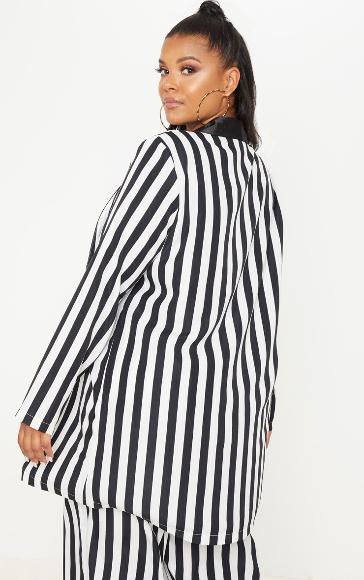 Plus Monochrome Stripe Longline Blazer 2