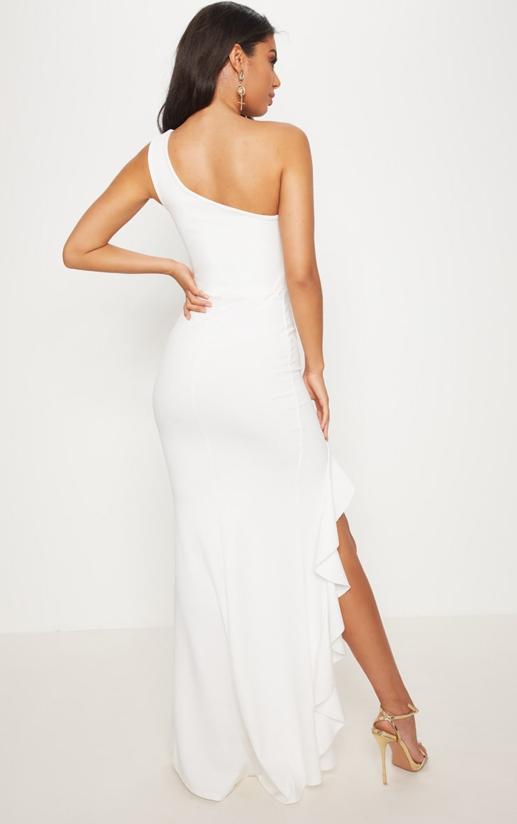 فستان طويل بحافة مكشكشة وبكتف واحد بلون أبيض 2