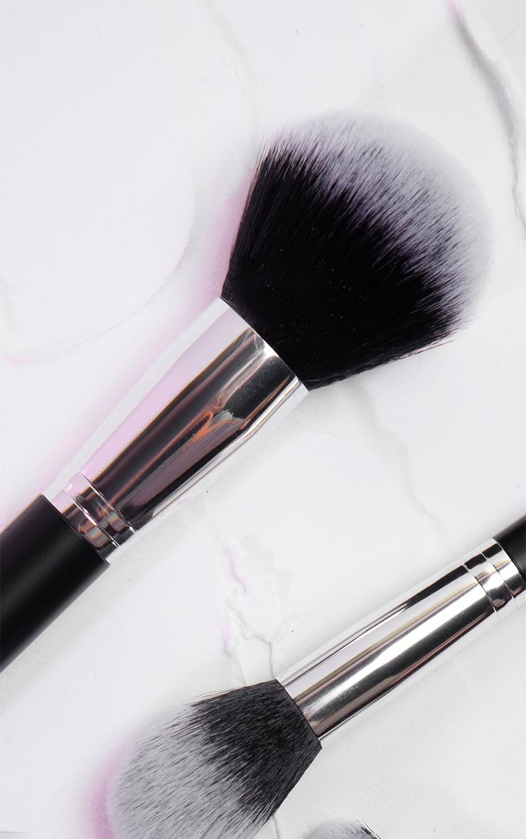PRETTYLITTLETHING Large Powder Brush PLT01 4