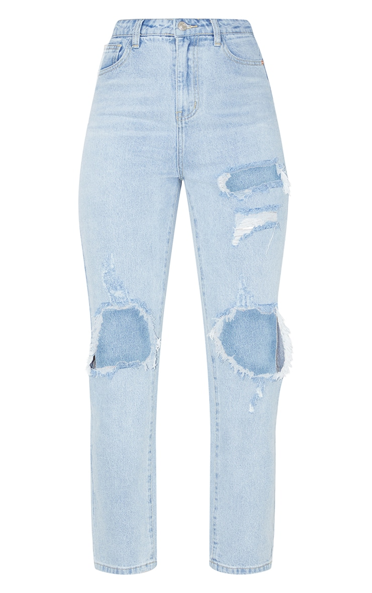 PRETTYLITTLETHING Light Wash Distressed Straight Leg Jean 3