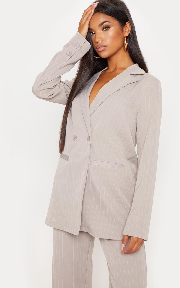 Blazer oversized taupe à fines rayures
