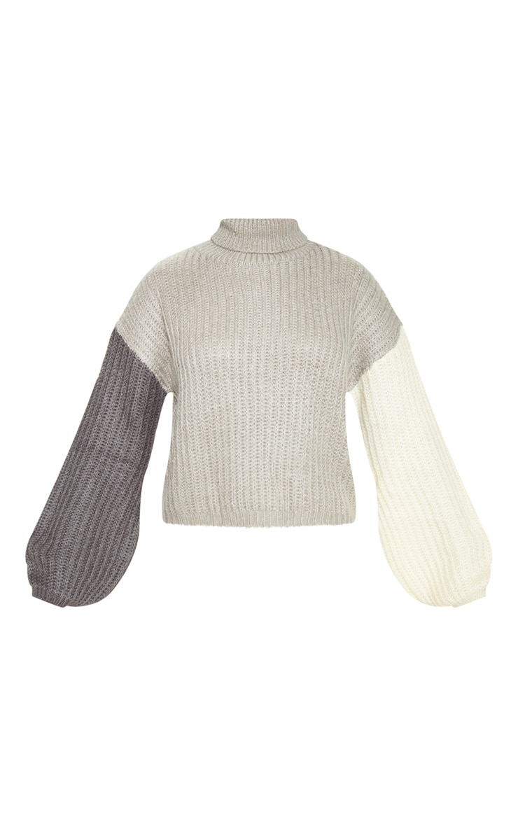 Grey Colour Block Fluffy Knit Sweater 3