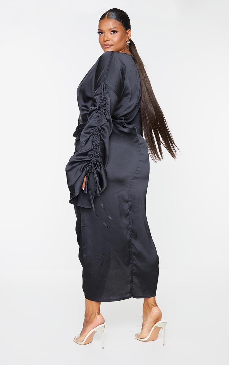 Plus Black Satin Ruched Plunge Bodycon Midi Dress 2