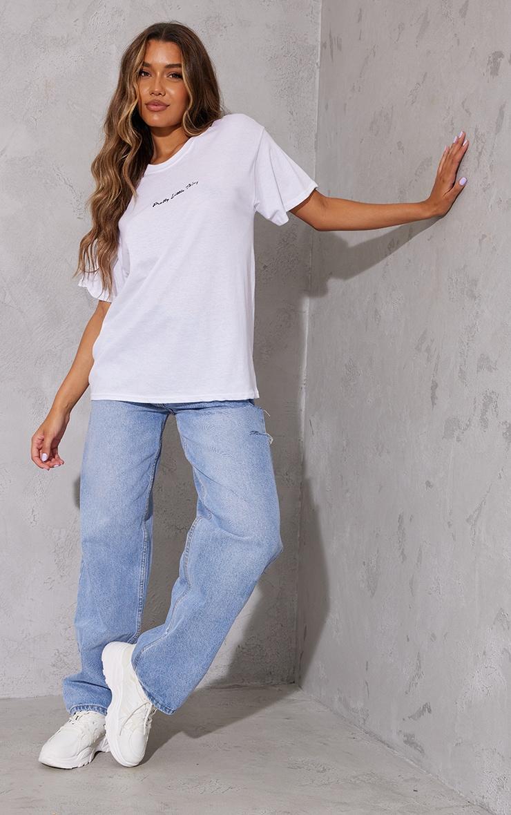 PRETTYLITTLETHING White Graphic Oversized T Shirt 3