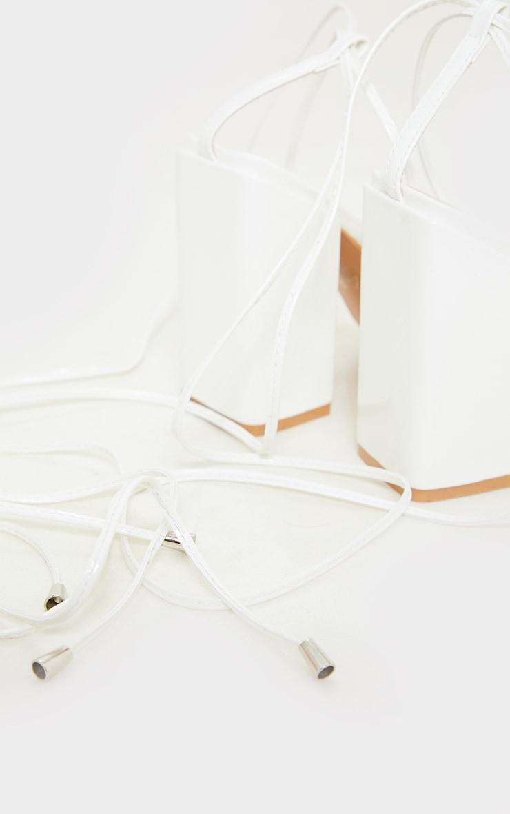 Sandales blanches pointure large à talon bloc et lacets cheville 4