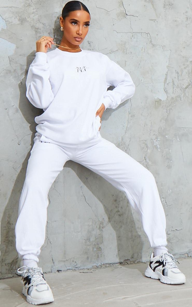 PRETTYLITTLETHING White Graphic Print Sweatshirt 3
