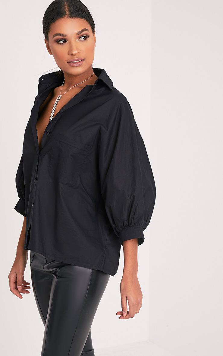 Ariane chemise noire manches chauve-souris 4