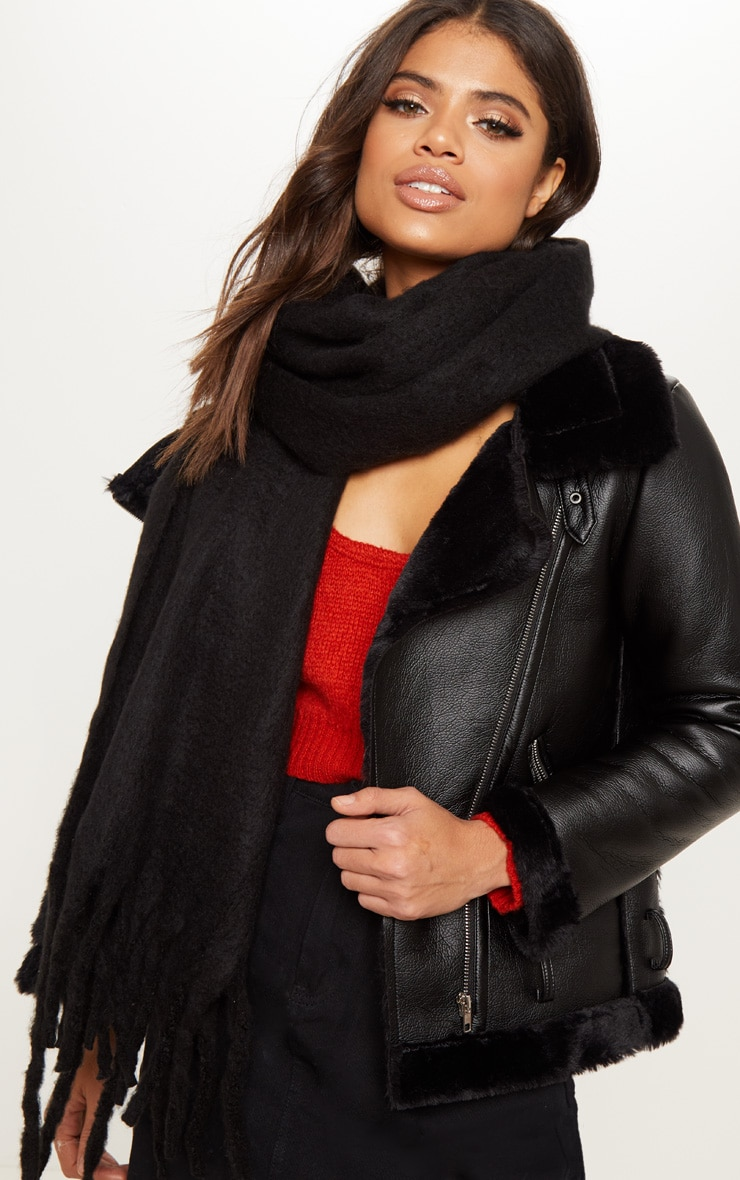 Black Plain Oversized Scarf 1