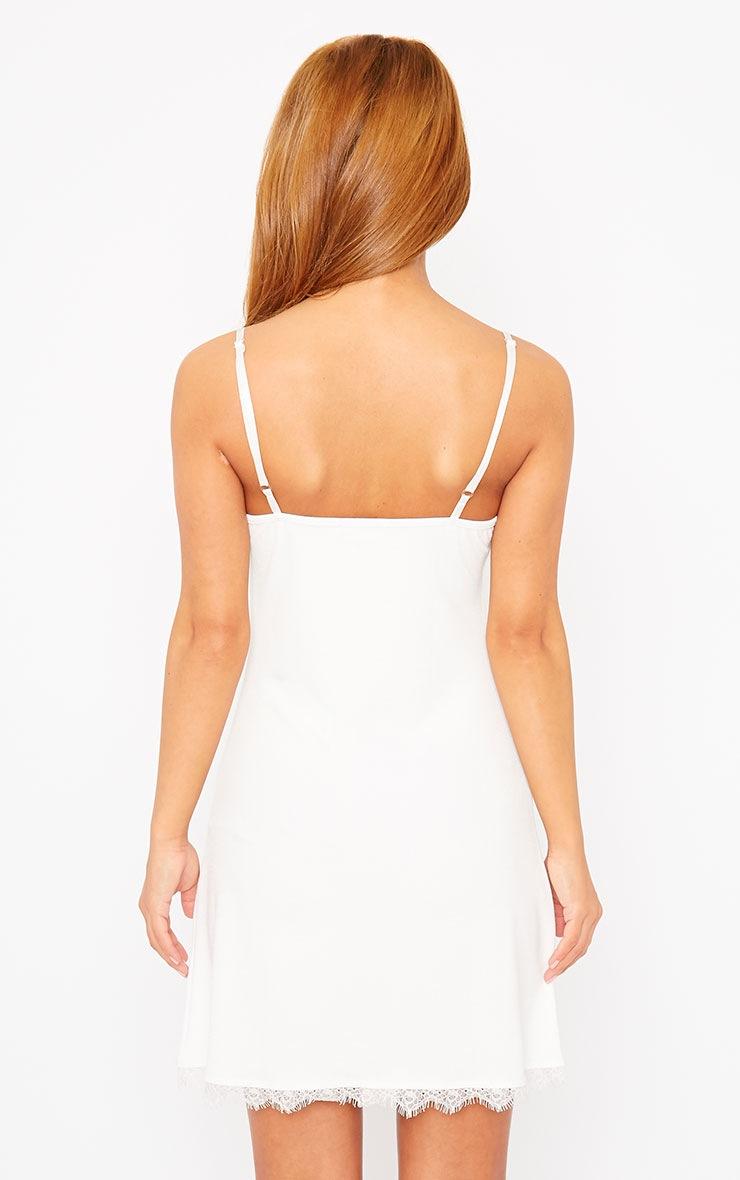 Ida White Lace Detail Bodycon Dress 2