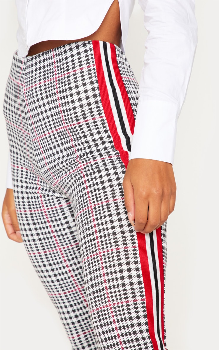 White Check Sport Stripe Legging 5